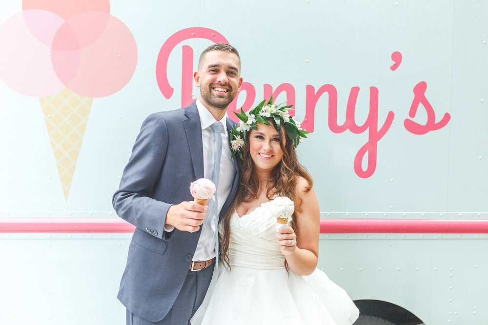 pennys-ice-cream-truck-weddingimages-1.jpg