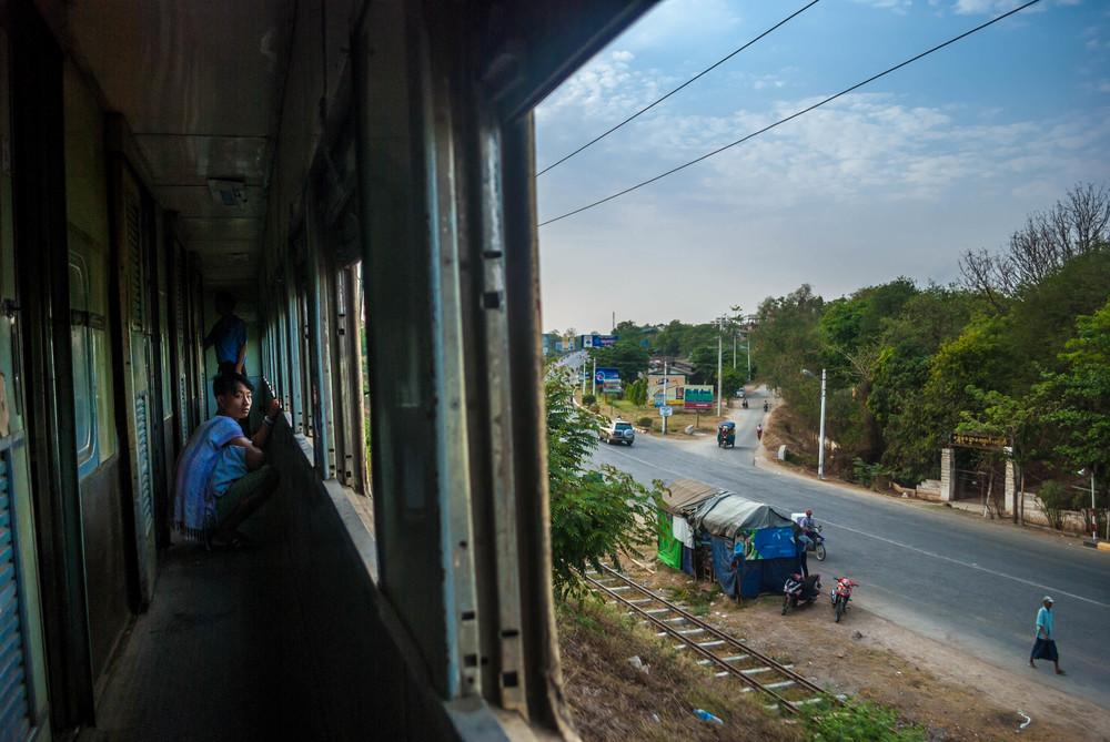 MyanmarTrainride.jpg