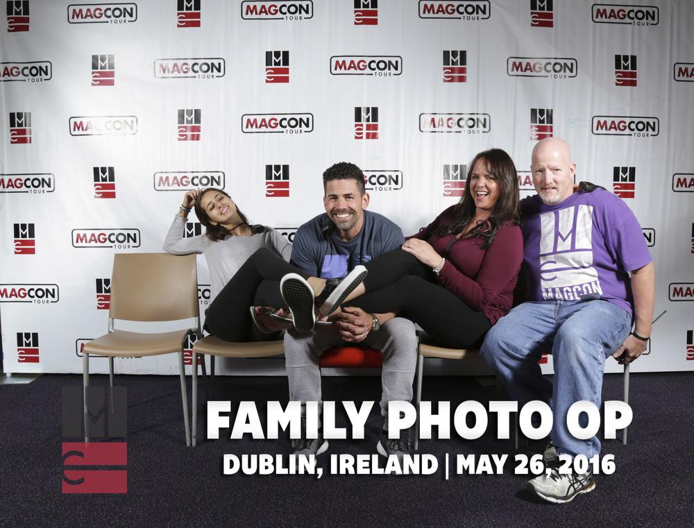 FamilyPhotoOp (2 of 399).jpg