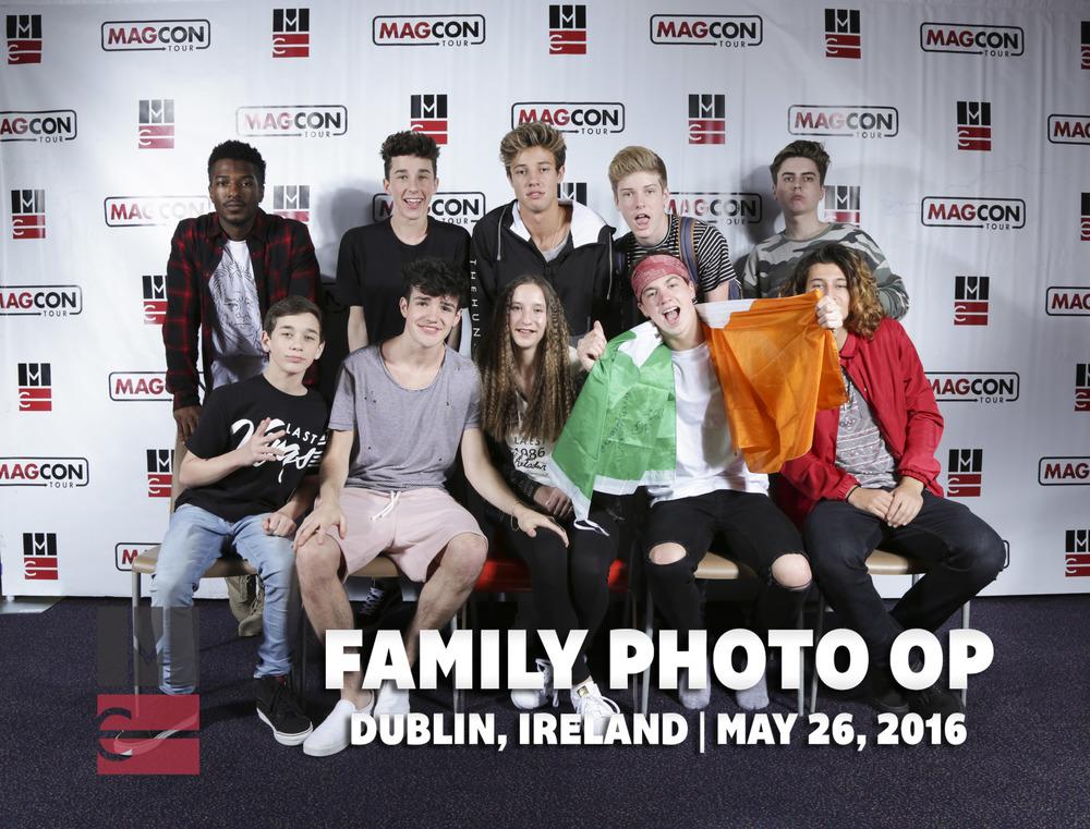 FamilyPhotoOp (42 of 399).jpg