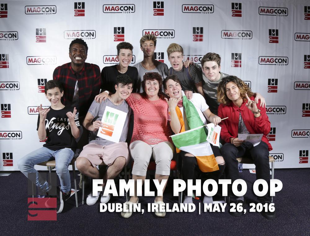FamilyPhotoOp (385 of 399).jpg