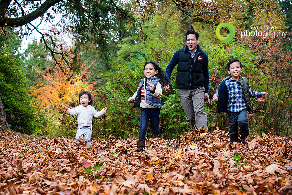 Lo-Family_Yaletown_Photography_Fall_Portraits_photo.jpg