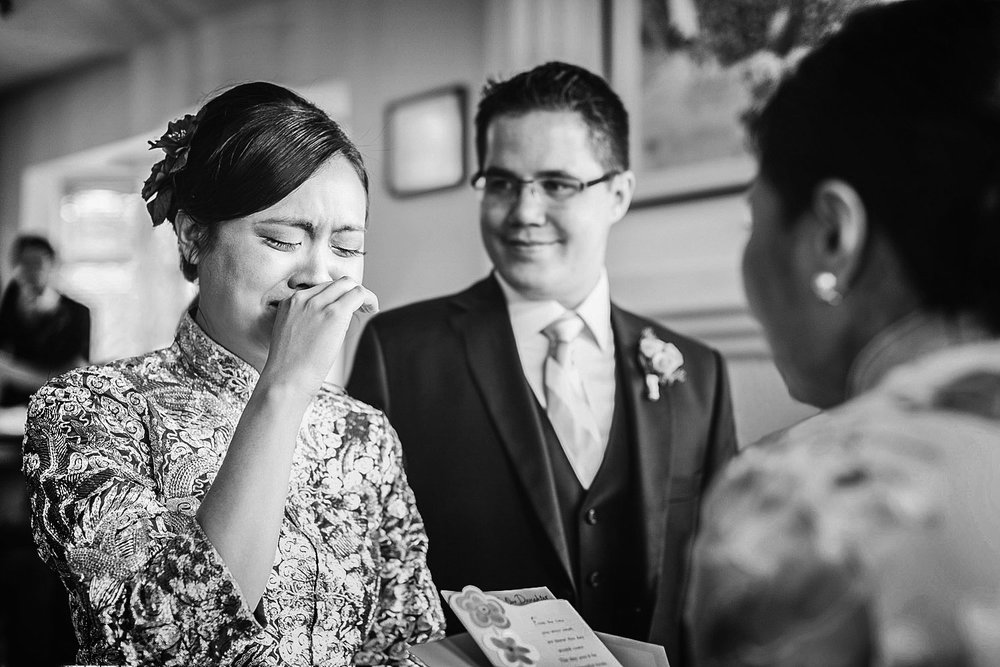 chinese-tea-ceremony-bride-crying-vancouver-wedding-yaletown-photography-photo
