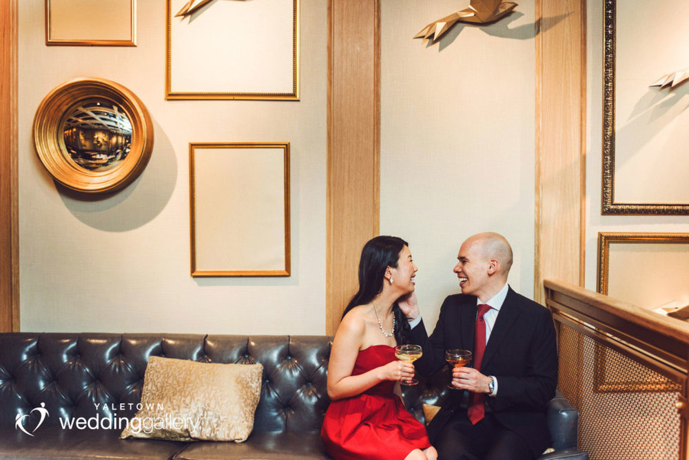 nightingale-restaurant-engagement-photo-yaletown-photography-vancouver-wedding-photographer-08