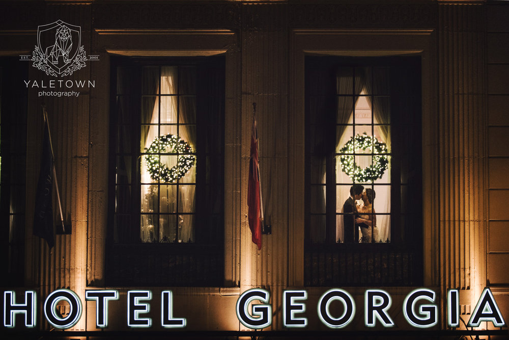 Rosewood-Hotel-Georgia-Vintage-Glam-Wedding-Vancouver-Wedding-Photographer-Yaletown-Photography-photo-027.jpg