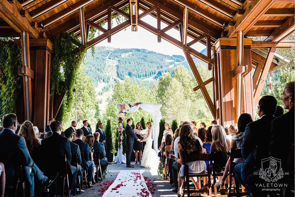 whistler-wedding-nita-lake-lodge-yaletown-photography-vancouver-wedding-photographer-19-photo.jpg