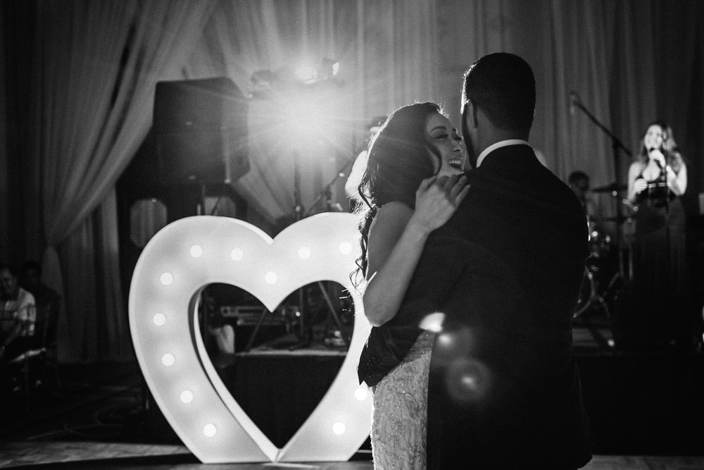 Firts-Dance-Four-Seasons-Hotel-Wedding-Marquee-heart-yaletown-photography-photo