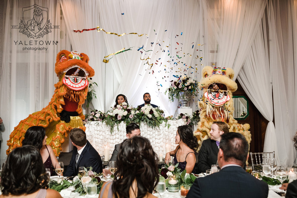 chinese-lion-dance-four-seasons-hotel-vancouver-wedding-yaletown-photography-photo-41.jpg