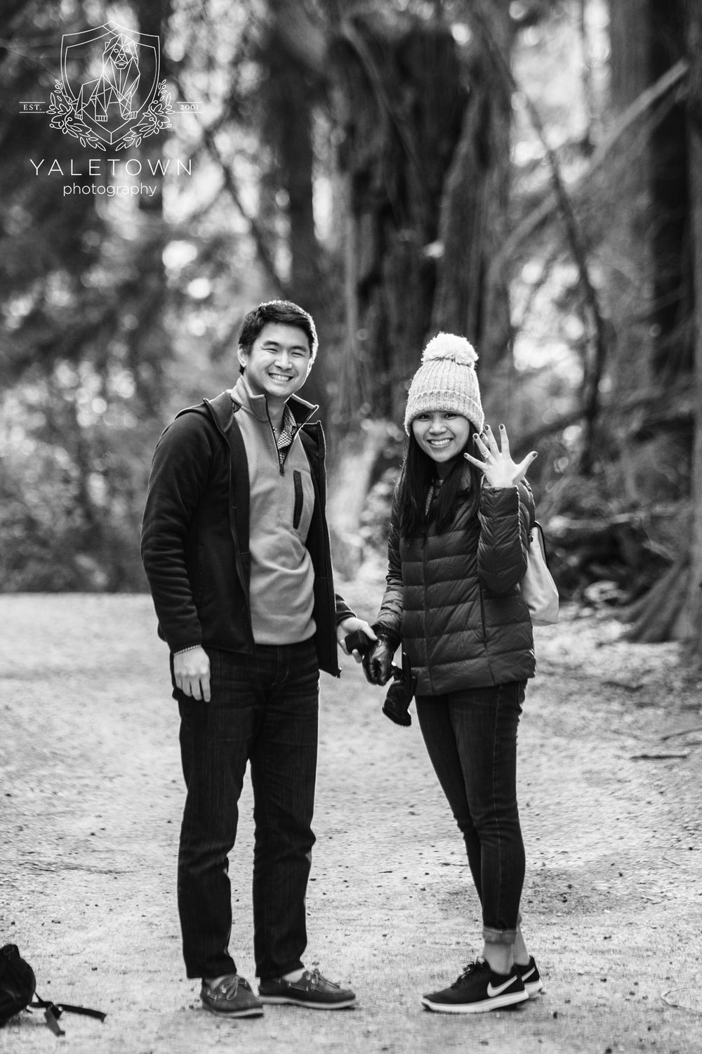 Wedding-Proposal-Vancouver-Stanley-Park-Wedding-Photographer-Vancouver-Yaletown-Photography-Photo-13.JPG