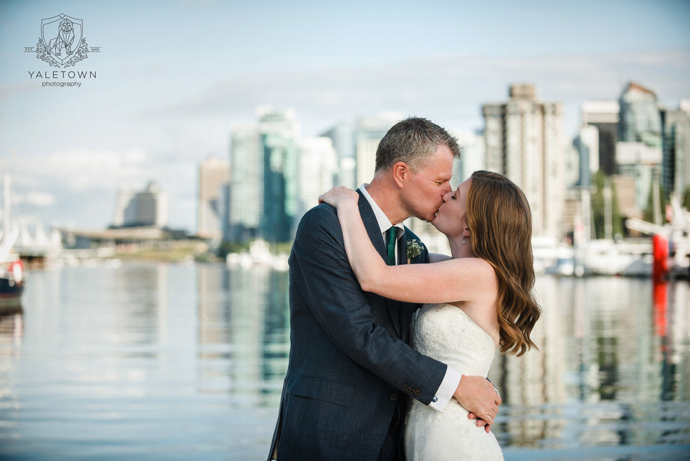 vancouver-rowing-club-stanley-park-wedding-yaletown-photography-vancouver-wedding-photographer-photo