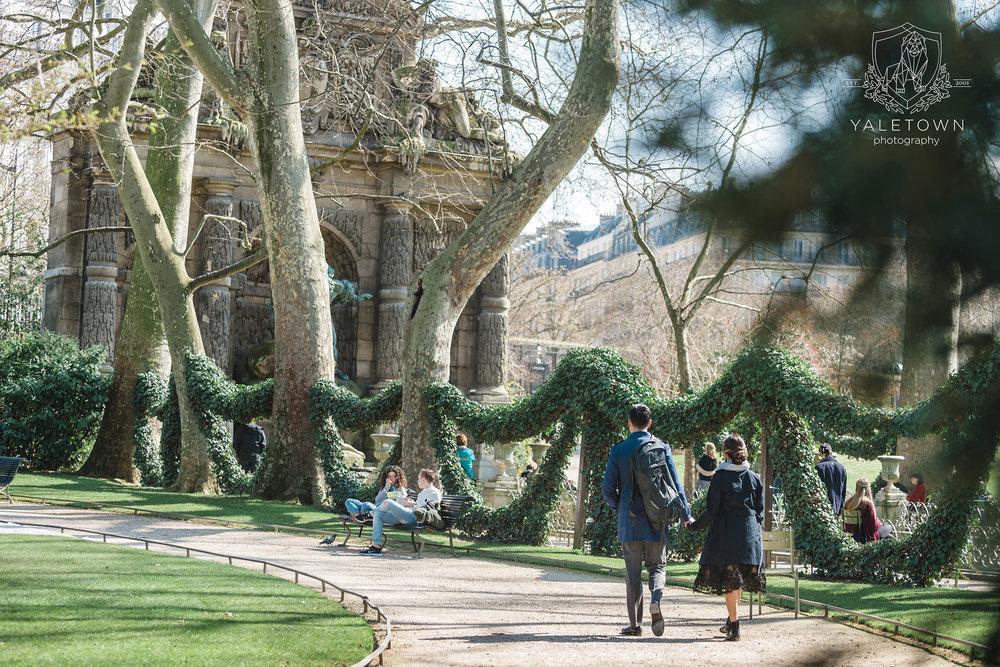 paris-engagement-session-jardin-du-luxembour-yaletown-photography-vancouver-wedding-photographer-paris-wedding-photographer-photo