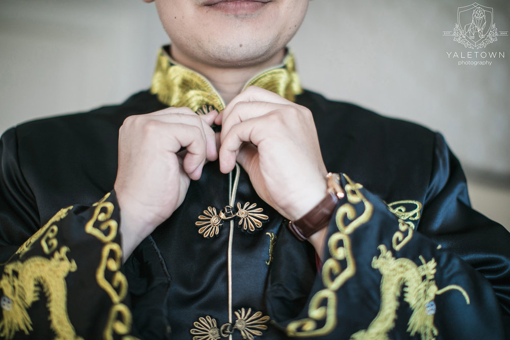 Chinese-Tea-Ceremony-Groom-Prep-Rosewood-Hotel-Georgia-Vancouver-Wedding-Yaletown-Photography-photo