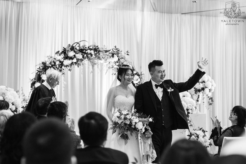 Wedding-Ceremony-Bride-Groom-Rosewood-Hotel-Georgia-Vancouver-Wedding-Yaletown-Photography-photo