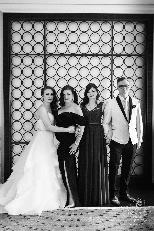 06_Family-Ceremony-Rosewood-Hotel-Georgia-Vancouver-Family-Photographer-Yaletown-Photography-Photo.jpg