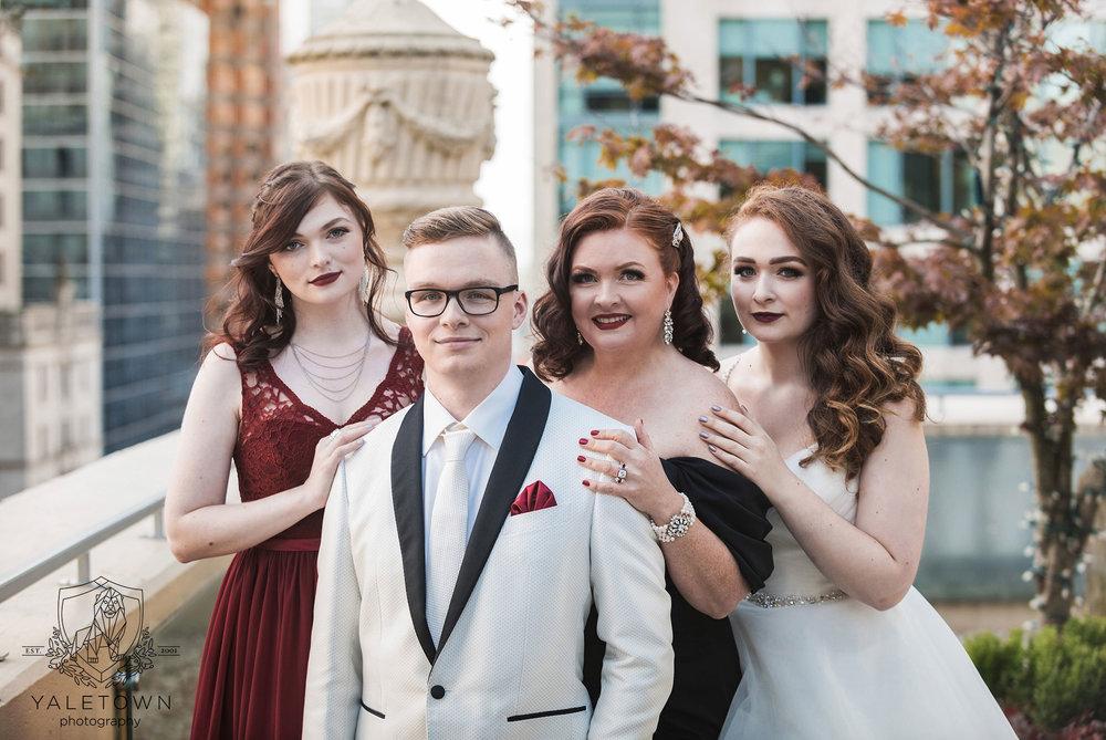 11_Family-Ceremony-Rosewood-Hotel-Georgia-Vancouver-Family-Photographer-Yaletown-Photography-Photo.jpg