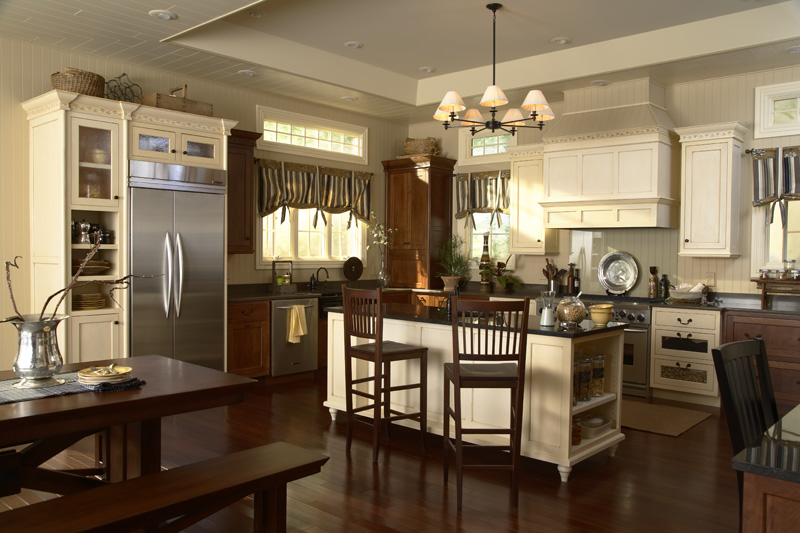 Medallion Cabinetry | Style: Santa Cruz