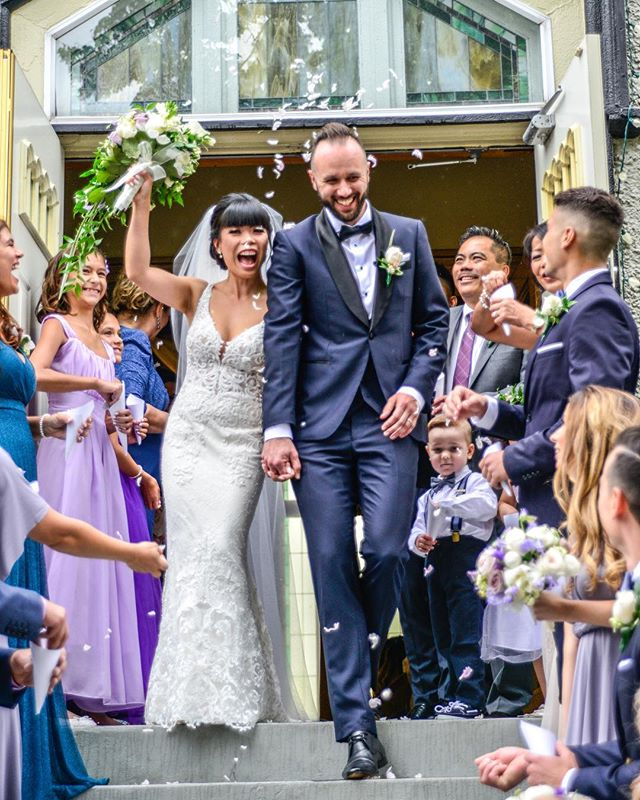 🌸This Momment 💖Hearts full and all smiles✨ L&G ✨  Photography by @idoproductions  Flowers by @farmerson57th  #Vancouverwedding #yvrwedding #yvrbride #vancouverbride #vancouverbridal #weddinginspo #vancouverisawesome #wedding #weddingplanner #weddinginspo