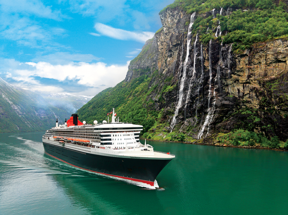 Photo credit: Queen Mary 2 im Geiranger Fjord, Mittelnorwegen, Norwegen