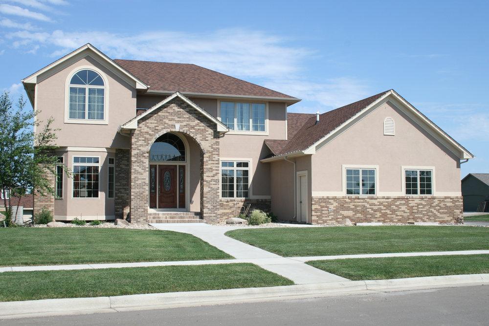 Suburban_house2.jpg