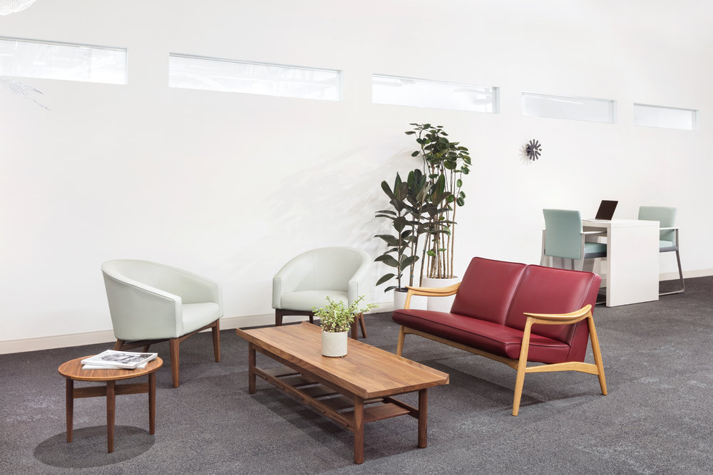 8-waiting-room-oblique.jpg