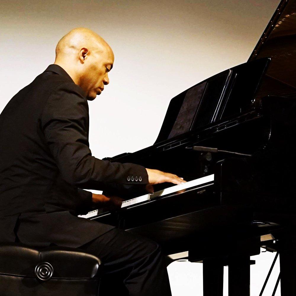 John On Piano 2016.jpg