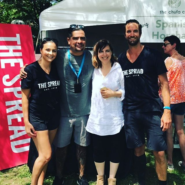 Spread Team catching some rays with @chef_aaronsanchez at @tasteoftoronto this weekend.  Come on down to Fort York, say hi and try our new aioli . . . . 🔥🌶🙋🏻 . . #hotsauceoneverything #thatsthespread #sunshine #tasteoftoronto #fortyotk #summahtime