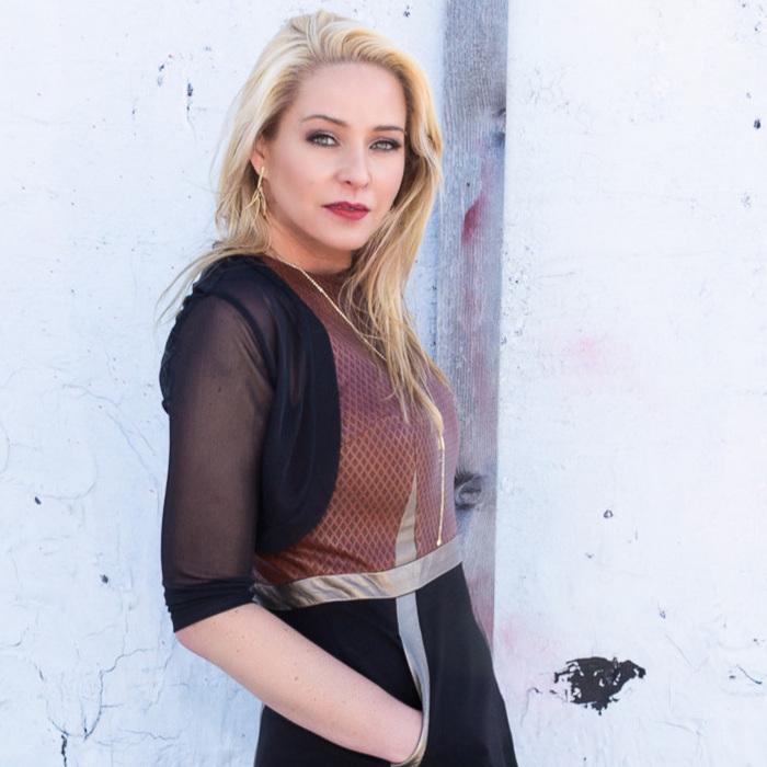 Amanda Parkes - Fashion Technology Engineer