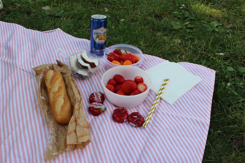 Our delicious little picnic in the Boboli gardens!
