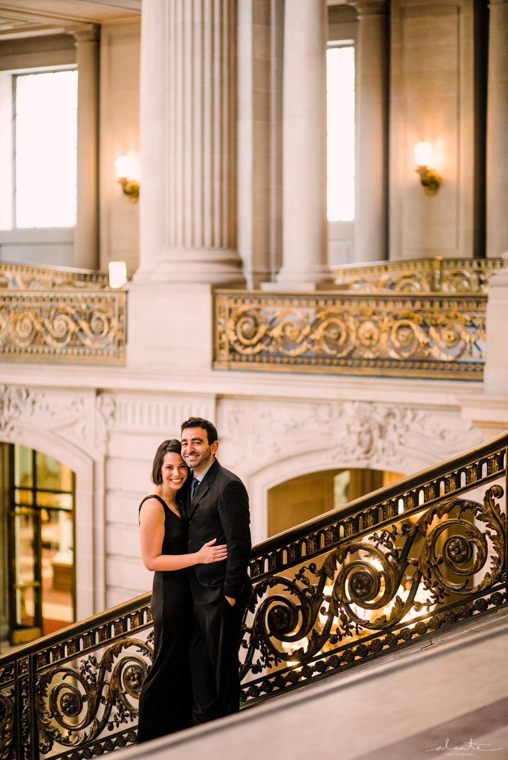 san-francisco-city-hall-engagement_002.jpg