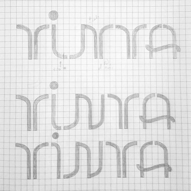 """TINTA"", Spanish for ""ink"" from @robertogamonal of @familiaplomez 👍🏻✏️📐❣️ . . #lettermakerstencil #tinta #ink #stencil #plantilla #lettering #grid #type #lettermaker #design"