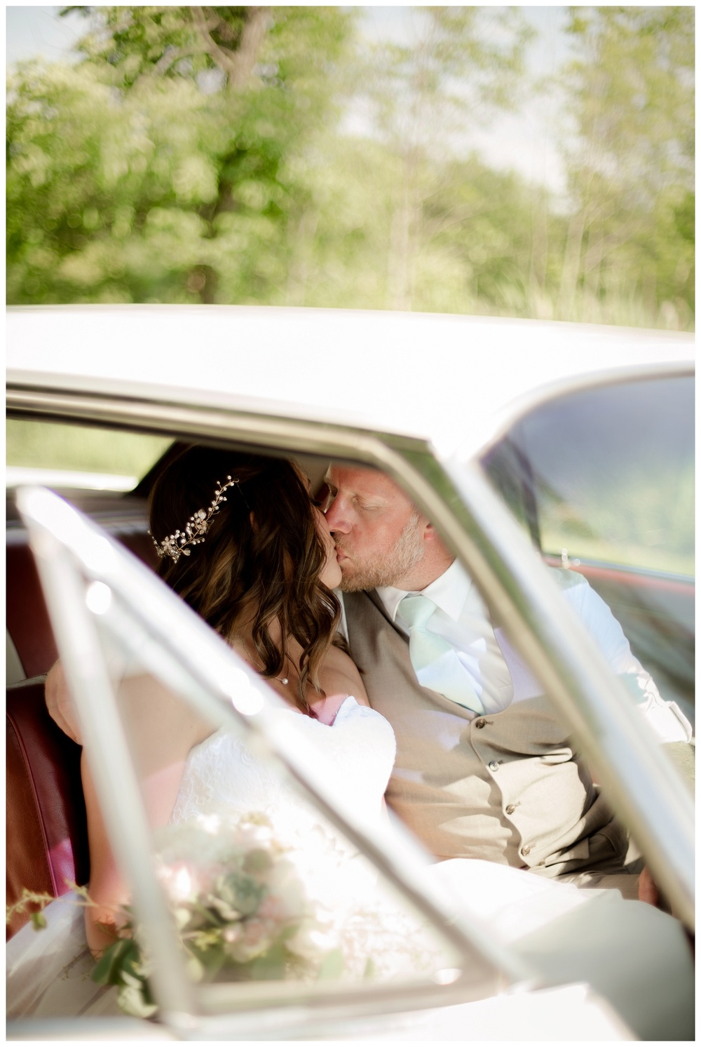 Cleveland Wedding Photographers - Alyssa and Steve_0040.jpg