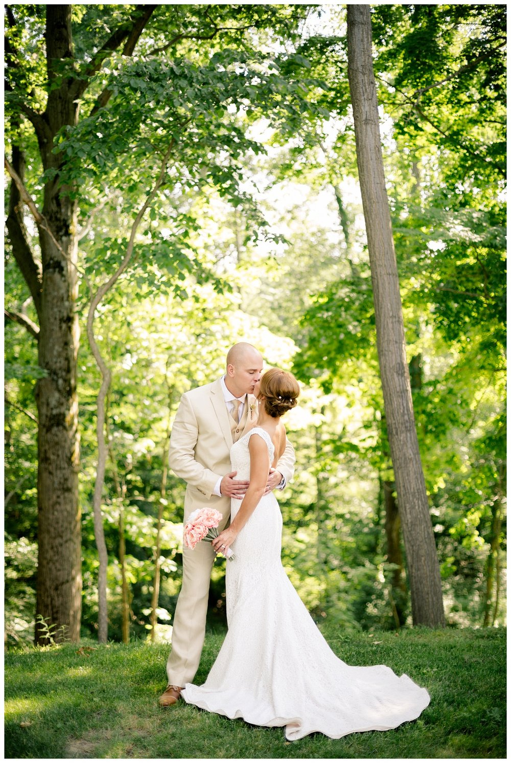 Cleveland Wedding Photographers Ashley and Todd_0048.jpg
