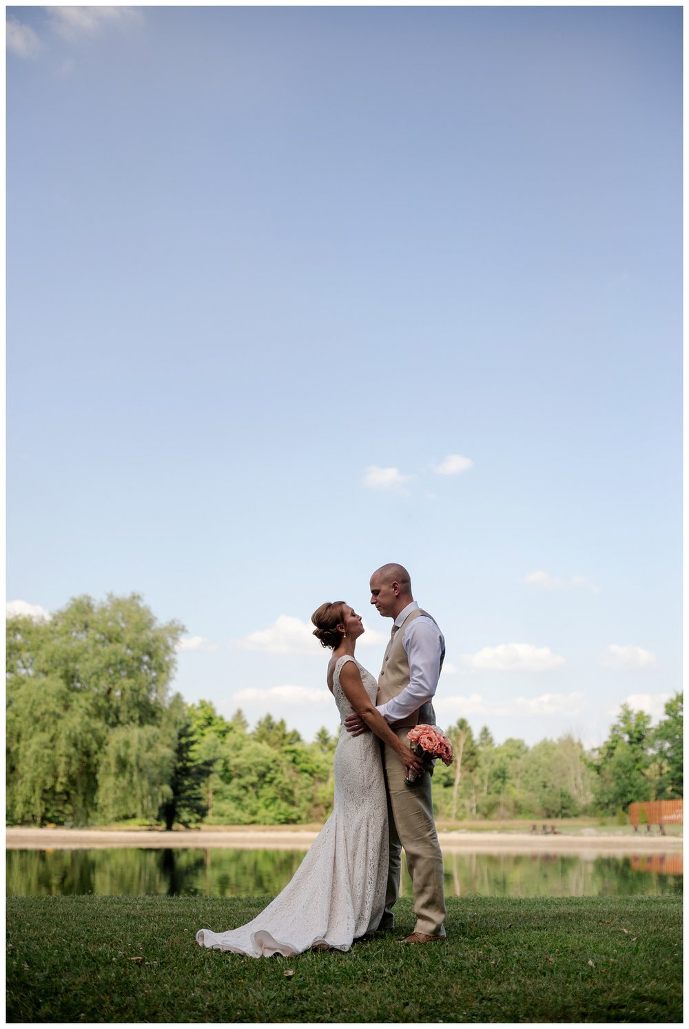 Cleveland Wedding Photographers Ashley and Todd_0060.jpg