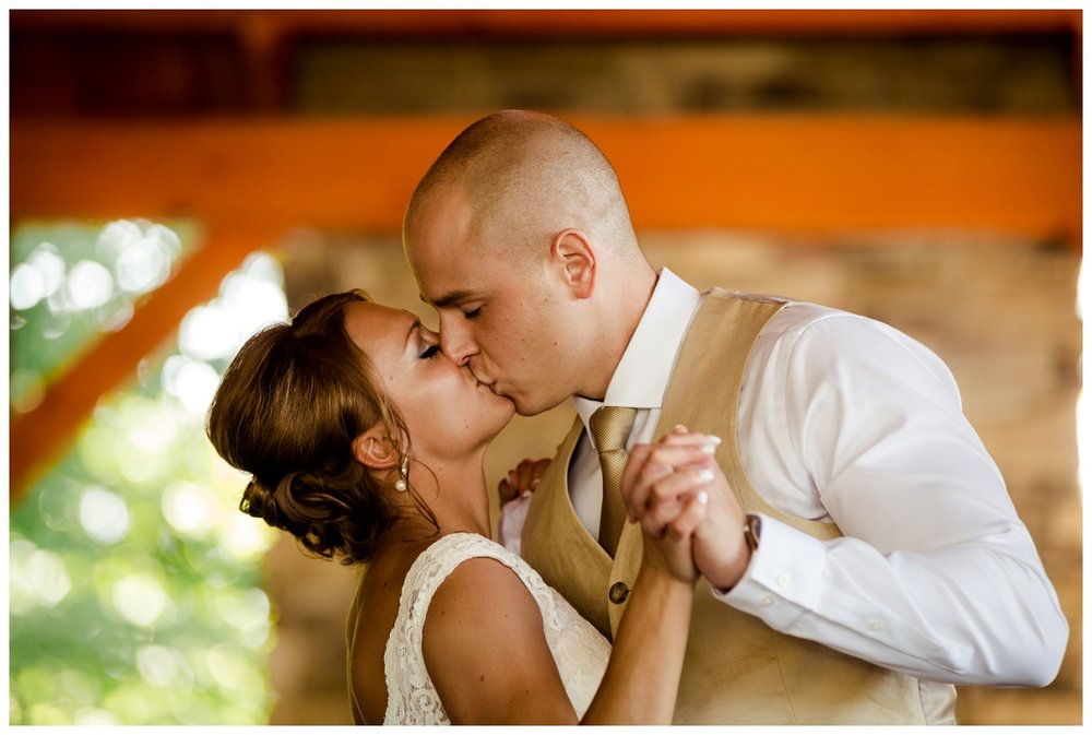 Cleveland Wedding Photographers Ashley and Todd_0068.jpg