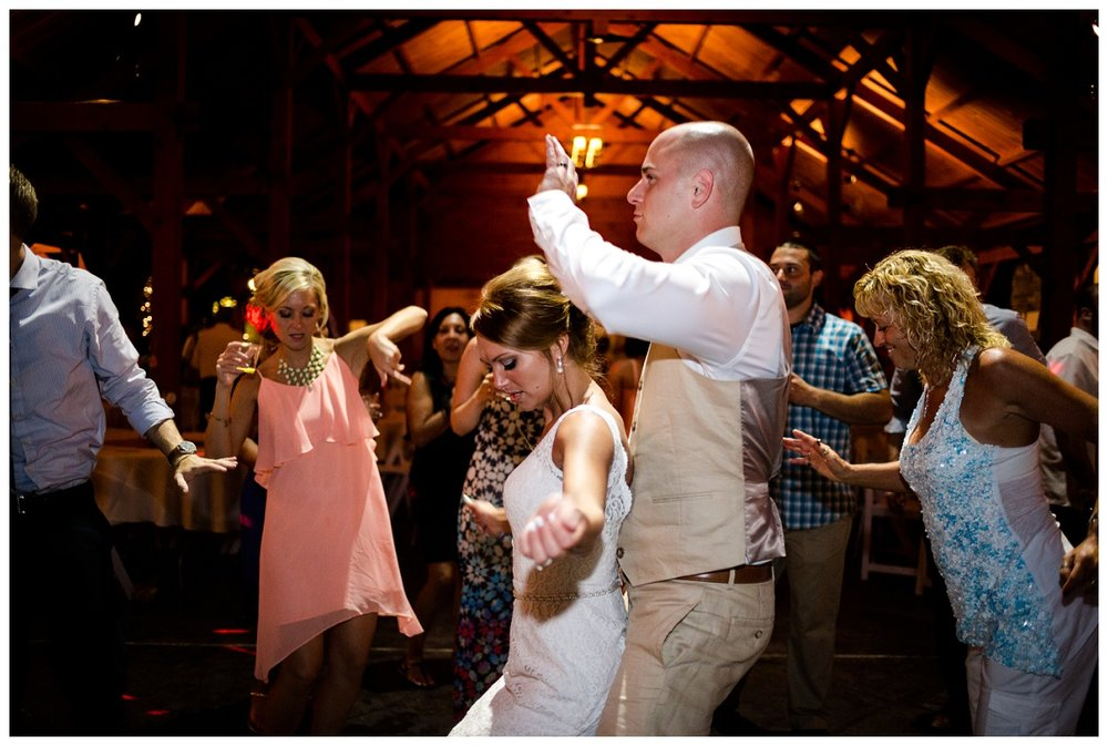Cleveland Wedding Photographers Ashley and Todd_0142.jpg