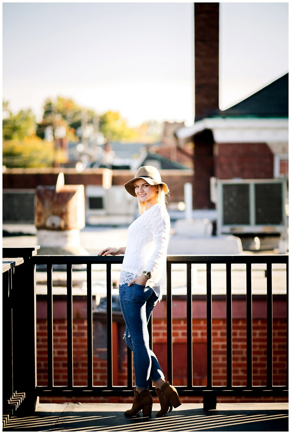 Downtown Willoughby Senior Session_0011.jpg
