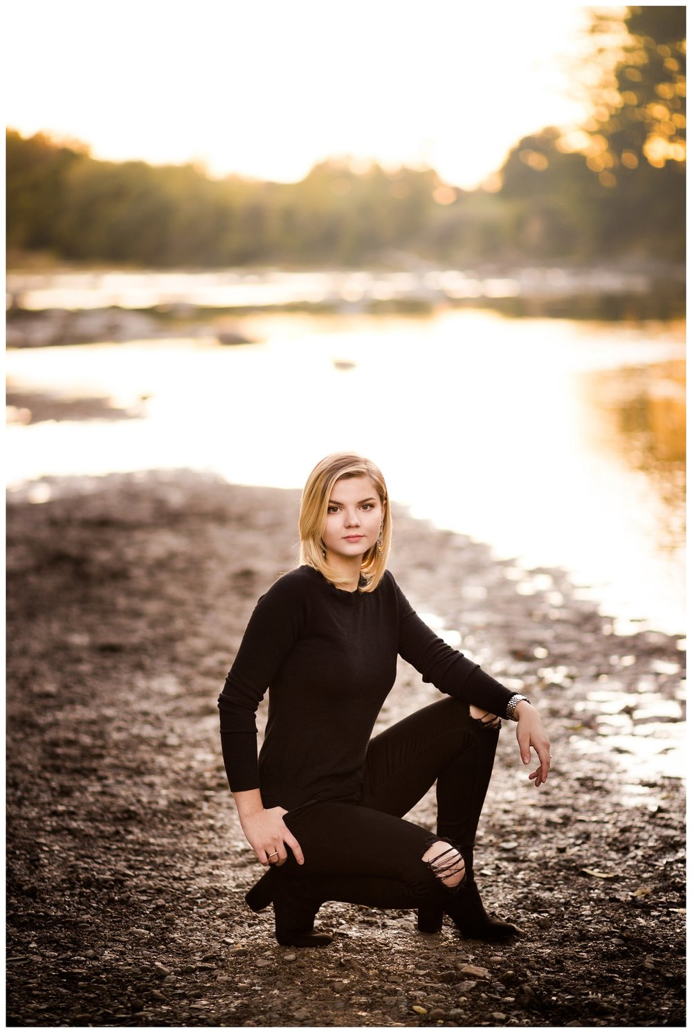 Downtown Willoughby Senior Session_0027.jpg