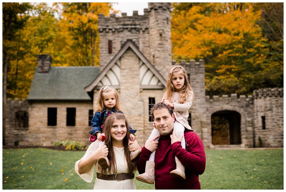 Squire's Castle Family Session_0019.jpg