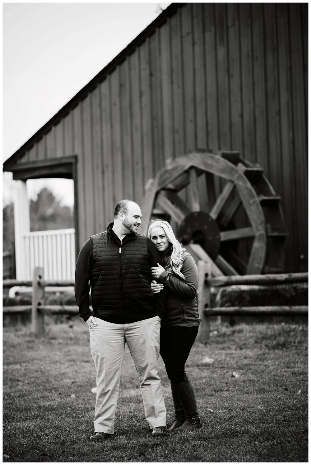 Millstream Park Engagement Session_0037.jpg