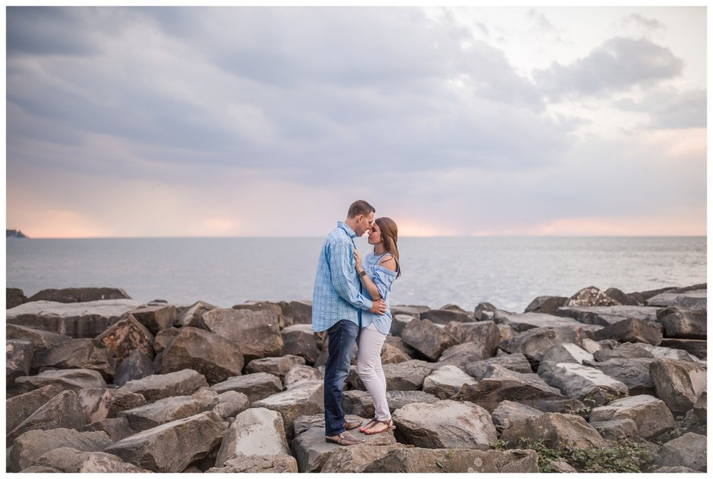 Cleveland Engagement Photographer_0059.jpg