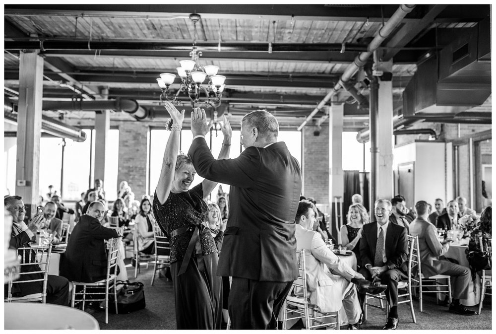 Cleveland Wedding Photographer_0122.jpg