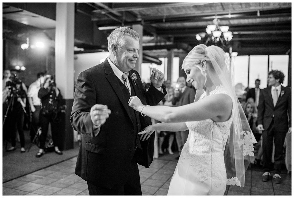 Cleveland Wedding Photographer_0165.jpg