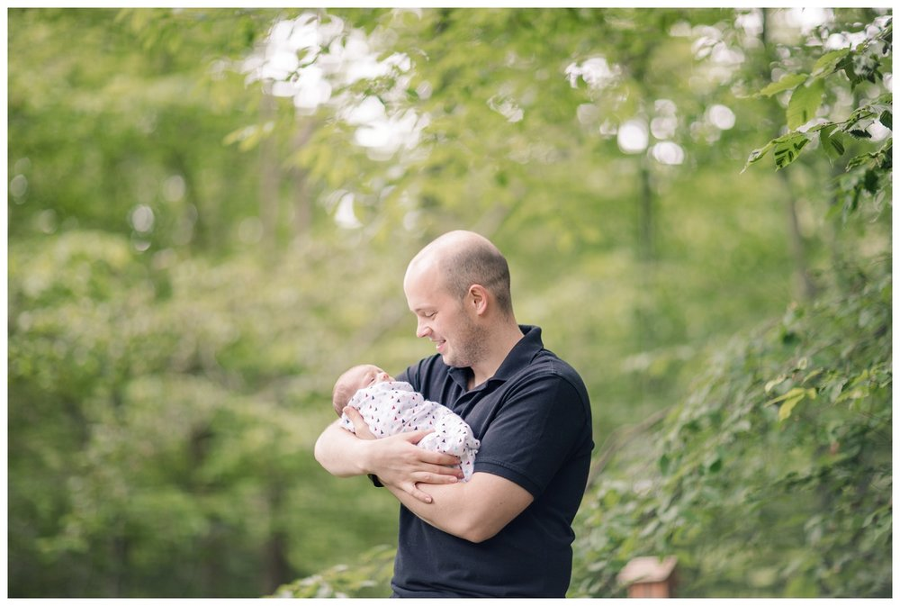Chagrin Falls In Home Newborn Session_0019.jpg