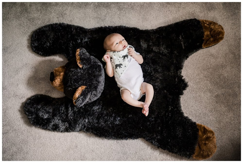 Chagrin Falls In Home Newborn Session_0024.jpg