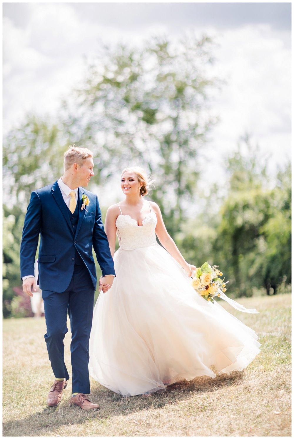 Gish Barn Wedding_0044.jpg