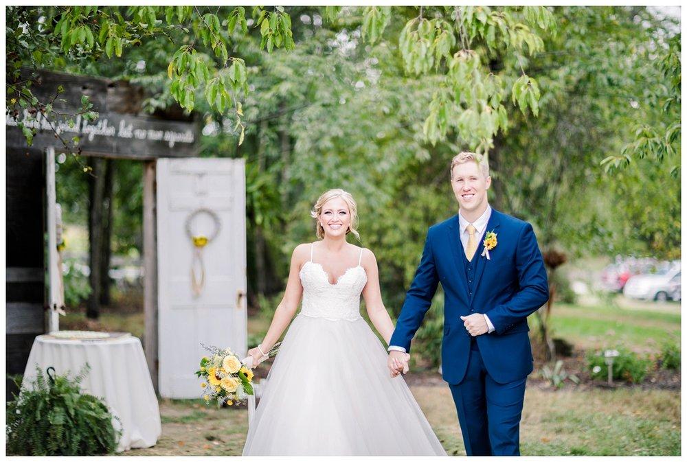 Gish Barn Wedding_0048.jpg