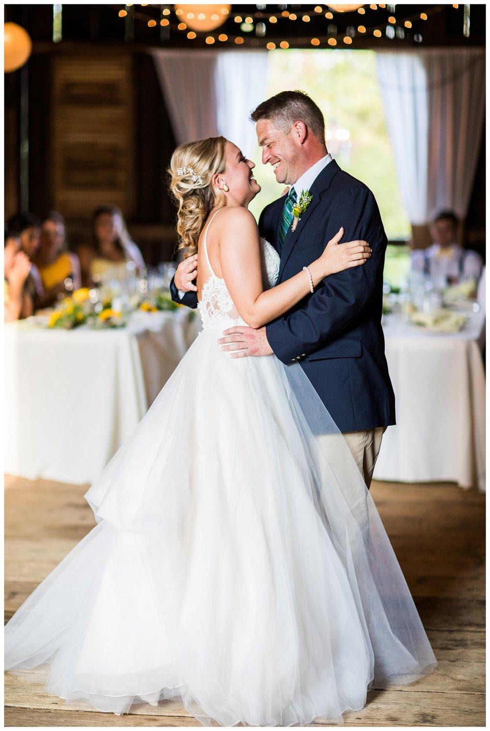 Gish Barn Wedding_0148.jpg