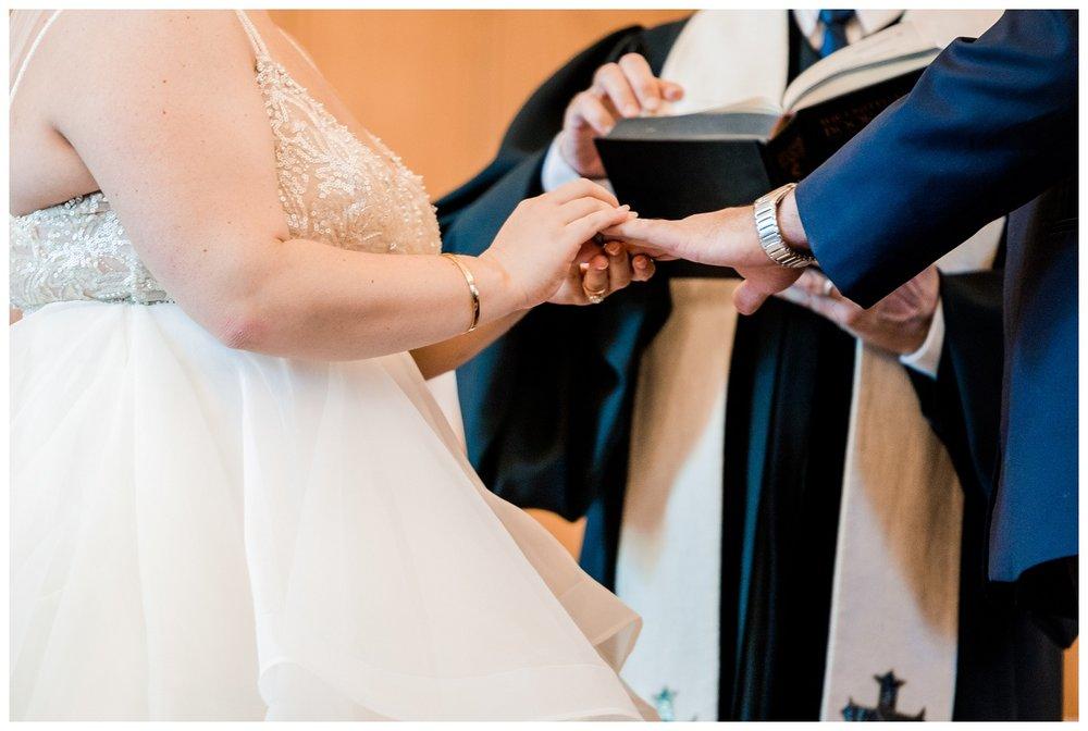 Akron Art Museum Wedding_0042.jpg