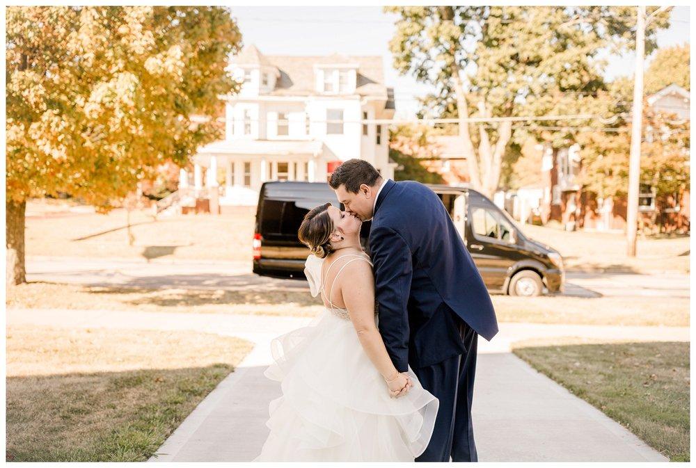 Akron Art Museum Wedding_0049.jpg