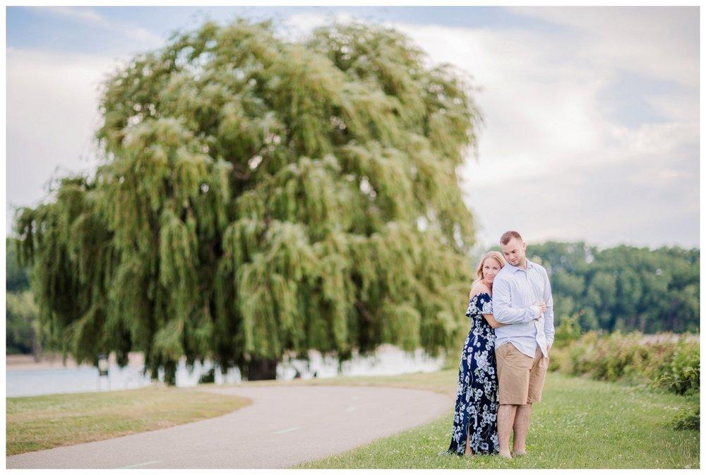 Voinovich Park and Edgewater Park Engagement_0069.jpg